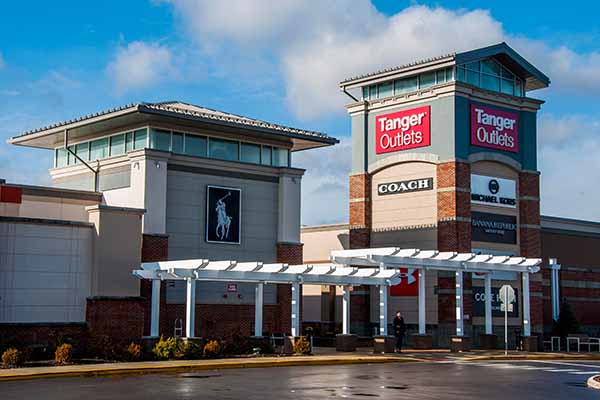 A Columbus Ohio masonry project example for Tanger Outlets